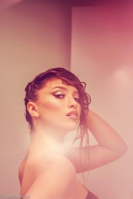 Model: Sierra Tasi-Baker Makeup: Diana Richardson Photographer: Eyoälha Baker